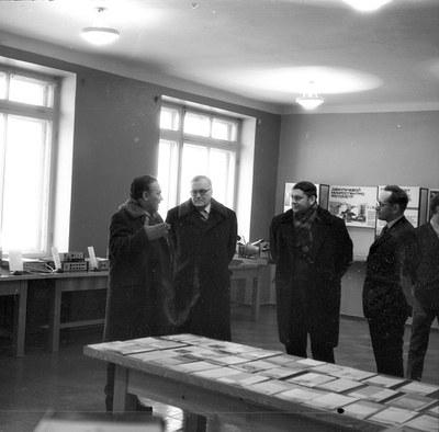 Выставка в холе достижений института
