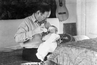 Киренский Л.В.  с внучкой Ириной
